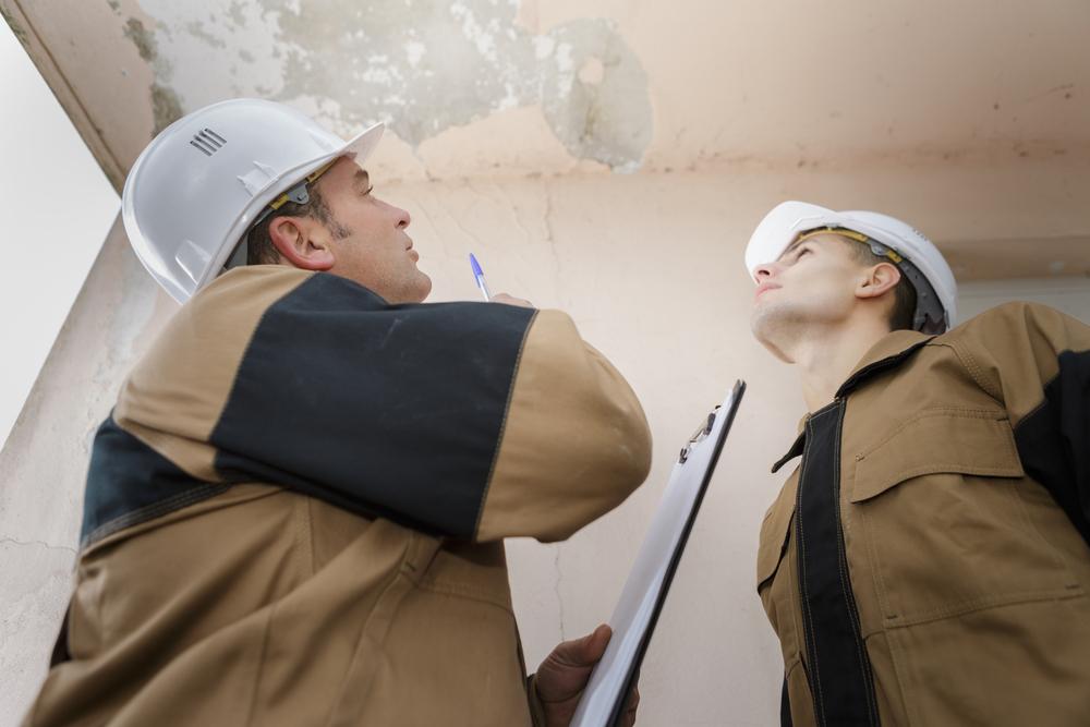Réparation fuites de toit avec un spécialiste